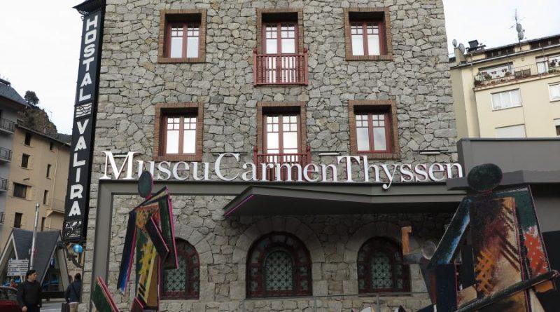 """Thyssen, orgullosa de que su museo de Andorra esté entre """"los 10 más importantes del mundo"""" La baronesa Carmen Thyssen-Bornemisza ha asistido a la inauguración de la exposición 'Femina Feminae. Las musas y la coleccionista. De Piazzetta a Delaunay', que ha tenido lugar este miércoles en su museo de Andorra, y ha asegurado sentirse orgullosa de él, que ya se encuentra """"entre los 10 más importantes del mundo"""". La exhibición, que Thyssen-Bornesmisza ha calificado de """"preciosa y romántica"""", es la tercera que organiza el museo Andorrano."""