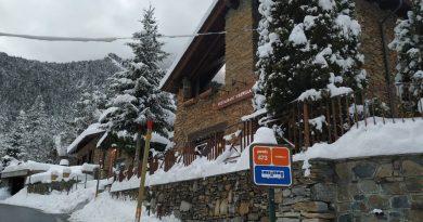 ¿Está Interesado en Comprar o Vender Propiedades inmobiliaria en Andorra? Escaldes Engordany, La Massana, Anyos, Arinsal o Andorra la Vella. Les podemos ofrecer concierge Service VIP. Servicios adicionales: De personal shopper, otros Servicios VIP, Somos expertos en gestionar la mejor manera de Invertir en Andorra.